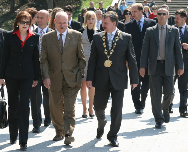 preziden-ivan-gasparovic-v-cadci-2009-65.jpg