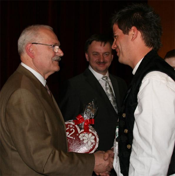 preziden-ivan-gasparovic-v-cadci-2009-77.jpg