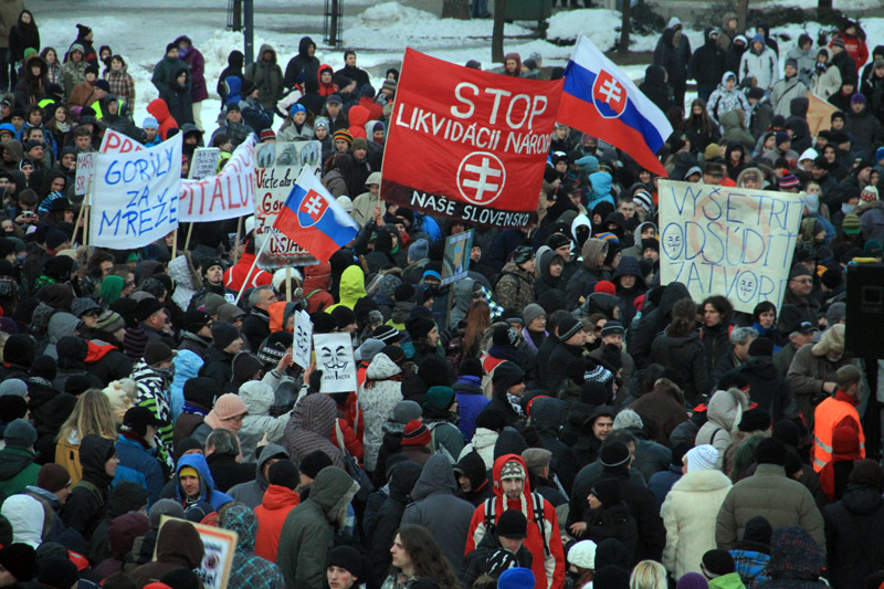 protest-gorila-v-zilina-2012-10.jpg