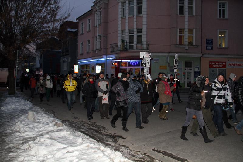 protest-gorila-v-zilina-2012-11.jpg