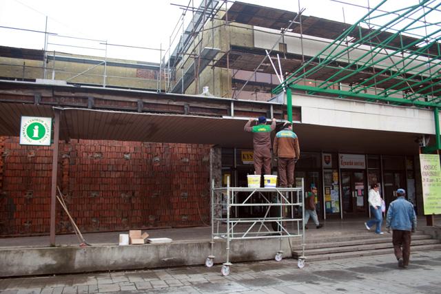 rekonstrukcia-domu-kultury-2010-4.jpg