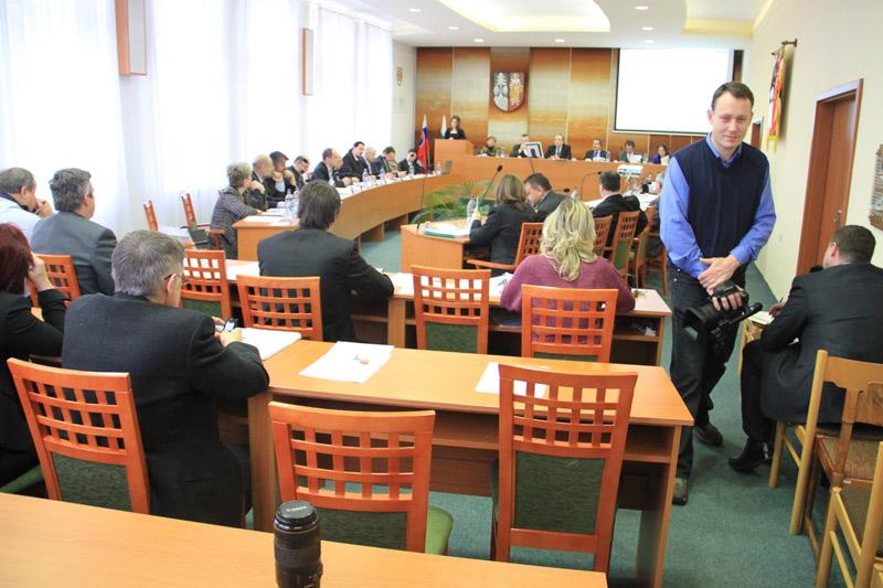 rokovanie-mestskeho-zastupitelstva-2011-12-6.jpg
