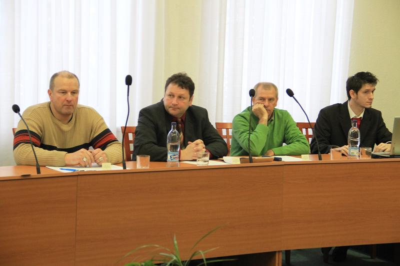 rokovanie-mestskeho-zastupitelstva-2012-01-3.jpg