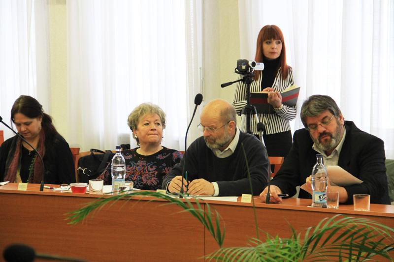 rokovanie-mestskeho-zastupitelstva-2012-01-5.jpg
