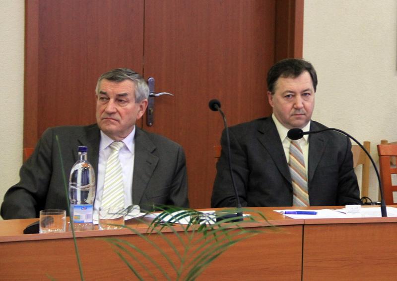 rokovanie-mestskeho-zastupitelstva-2012-01-9.jpg