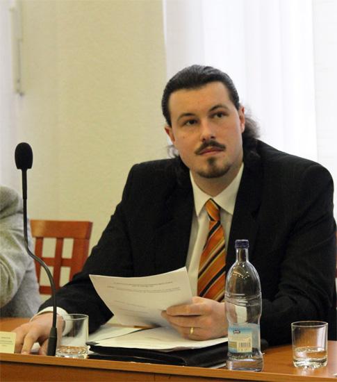 rokovanie-mestskeho-zastupitelstva-v-cadci-14-1-2011-7.jpg