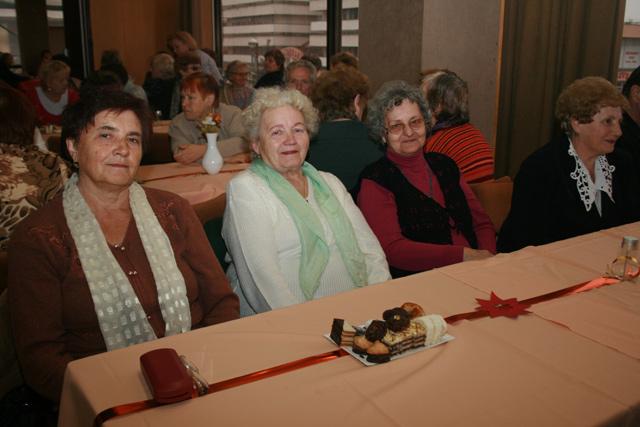 senior-party-2009-primator7.jpg