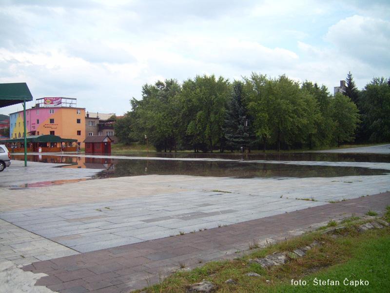 silna-burka-prietrz-mracien-cadca-2011-sc-19.jpg