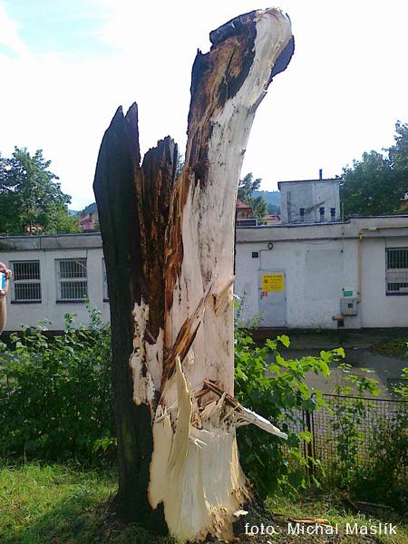 silna-burka-prietrz-mracien-cadca-2011-sc-4.jpg