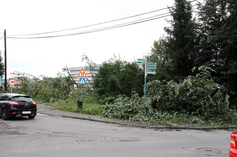 silna-burka-prietrz-mracien-cadca-2011-sc-96.jpg