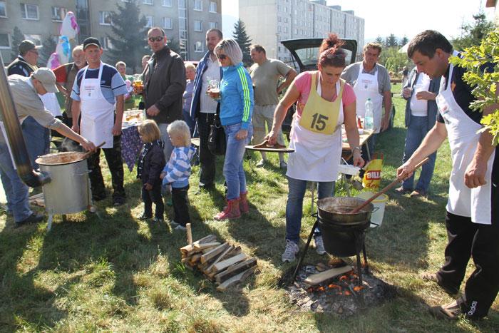 sutaz-vo-vareni-gulasu-2011-knm-11.jpg