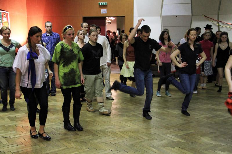 tanecny-dom-cadca-2012-11.jpg