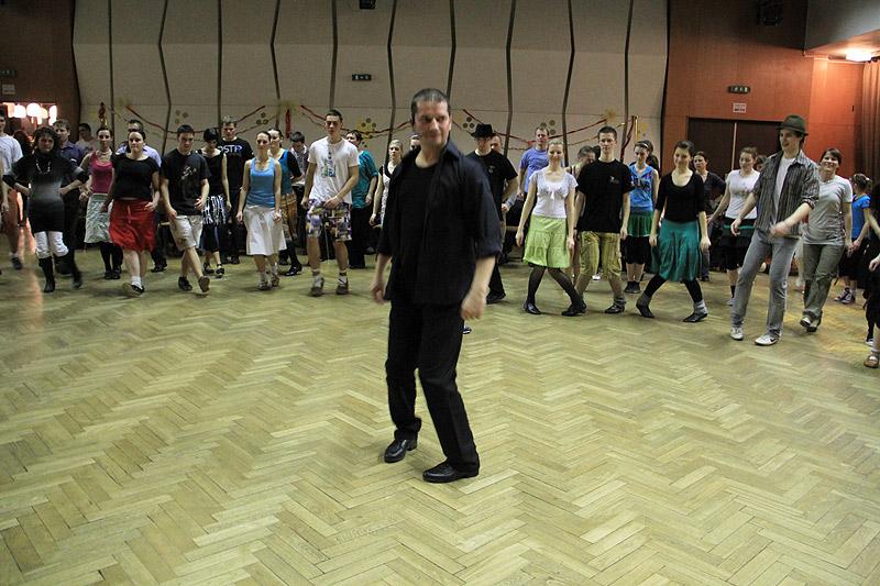 tanecny-dom-cadca-2012-14.jpg