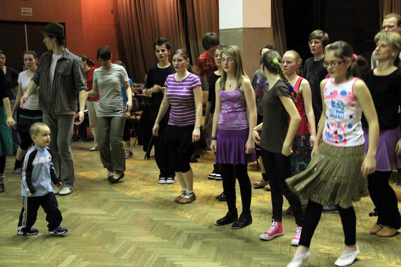 tanecny-dom-cadca-2012-15.jpg