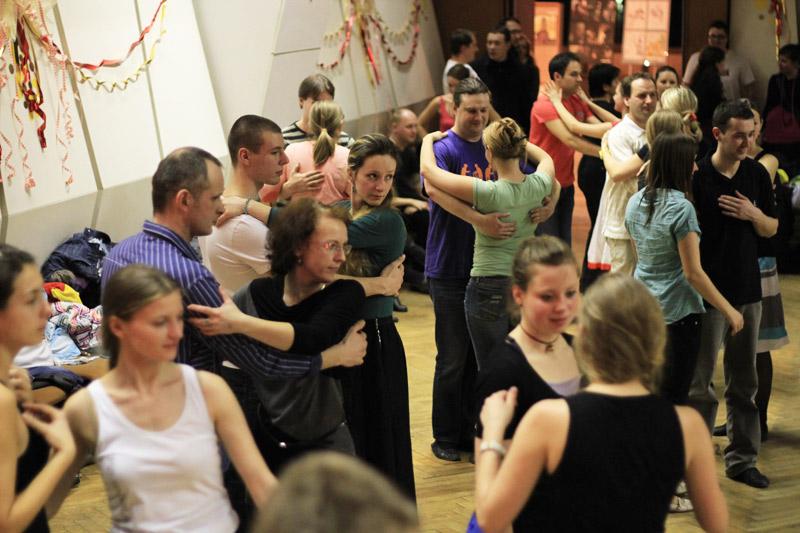 tanecny-dom-cadca-2012-32.jpg