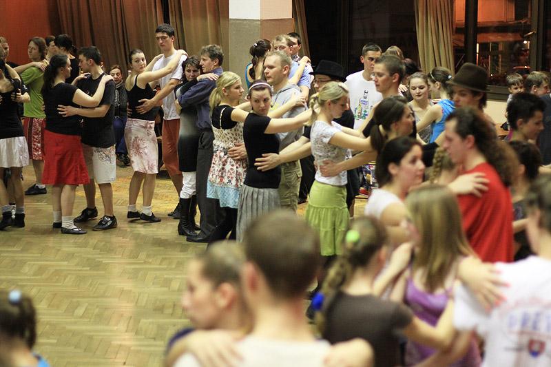 tanecny-dom-cadca-2012-35.jpg