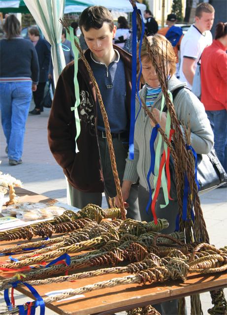 velkonocny-trh-ludovych-remesiel-cadca-2009-28.jpg