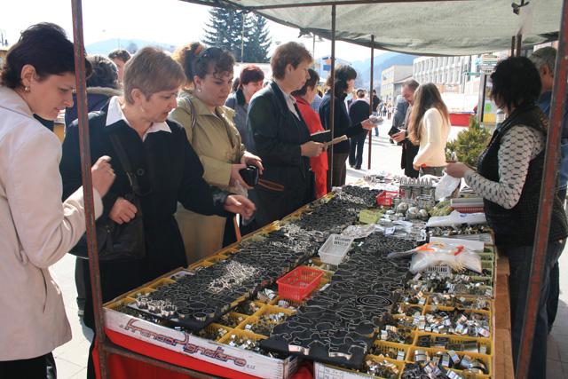 velkonocny-trh-ludovych-remesiel-cadca-2009-30.jpg