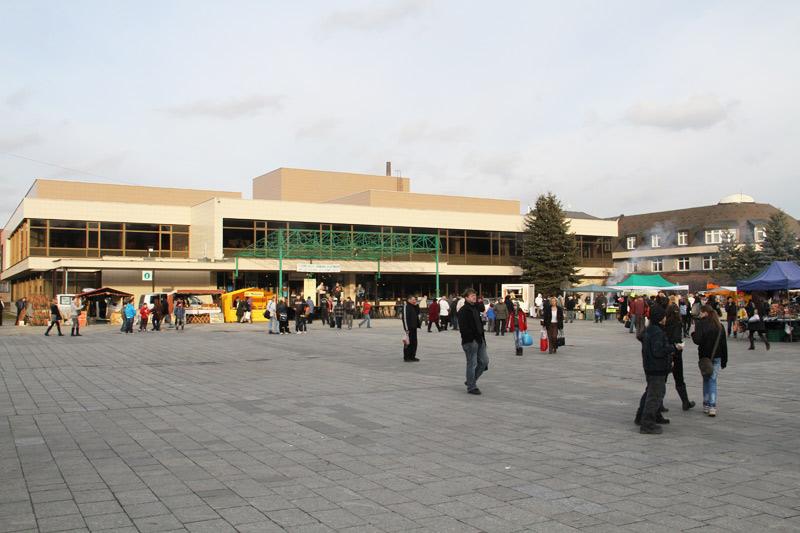 vianocne-trhy-cadca-2011-18.jpg
