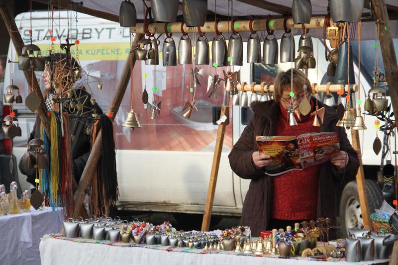 vianocne-trhy-cadca-2011-3.jpg