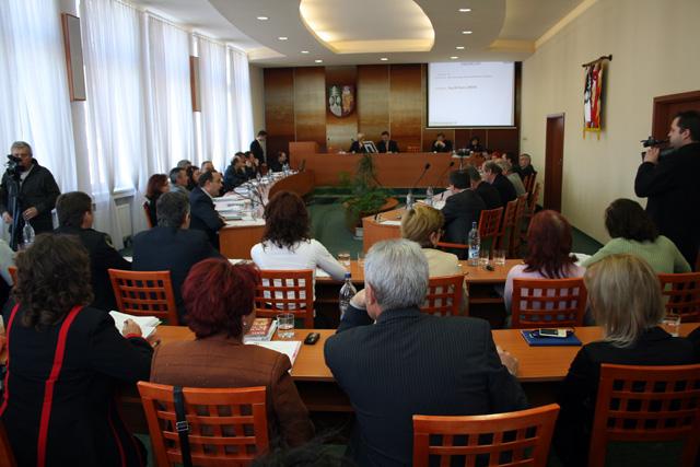 zasadnutie-mestskeho-zastupitelstva-11-2008-1.jpg