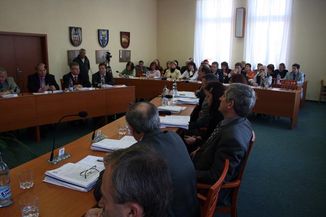 zasadnutie-mestskeho-zastupitelstva-11-2008-5.jpg