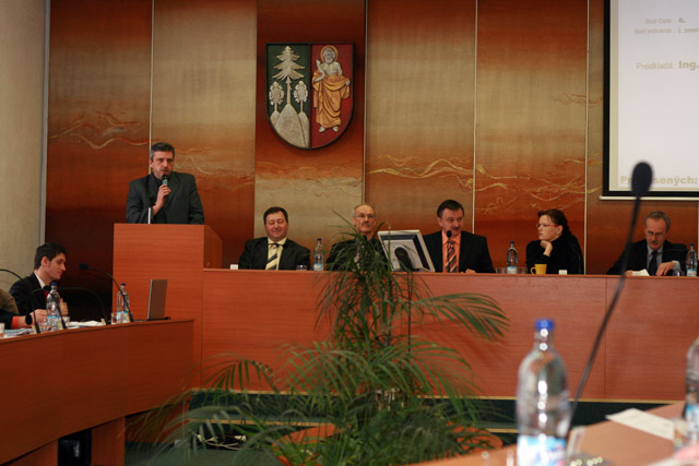 zasadnutie-mestskeho-zastupitelstva-2010-20.jpg