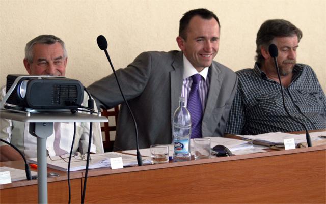 zasadnutie-mestskeho-zastupitelstva-2010-7-11.jpg