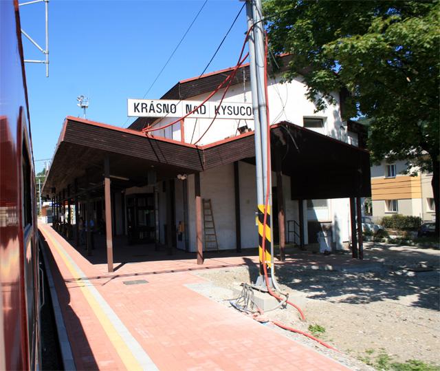 zeleznicna-trat-cadca-zilina-2009-12.jpg