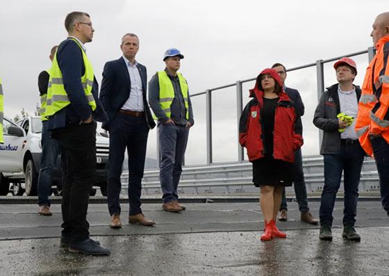 Županka Erika Jurinová na kontrole dôležitého diaľničného úseku D1
