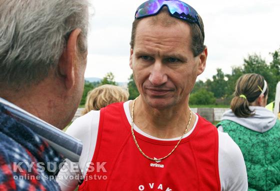 Maratónec Peter Tichý prežil zrážku s autobusom