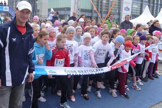 Peter Tichý získal medailu na Bratislavskom maratóne i na 50-tke v Dudinciach
