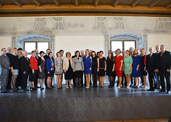 Žilinská županka Erika Jurinová ocenila 33 stredoškolských pedagógov