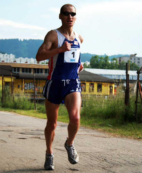 Peter Tichý po 100km bežeckých pretekoch : Bez pomoci by som z lavičky nevstal