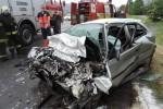 Pri čelnej zrážke osobného vozidla s kamiónom vyhasol ľudský život