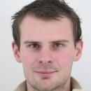 Michal Škola je hľadaný políciou pre prečin skrátenia dane a poistného