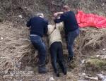 Hubár na Staškove otvoril pod lesom stan, v ktorom sa rozkládalo mŕtve telo