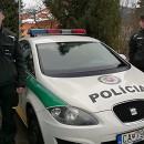Policajti koordinovaným zásahom zachránili ľudský život