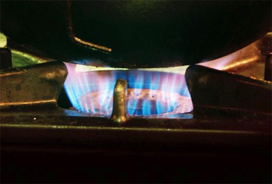 Unikajúci plyn usmrtil v Rudine človeka, dve osoby sa priotrávili